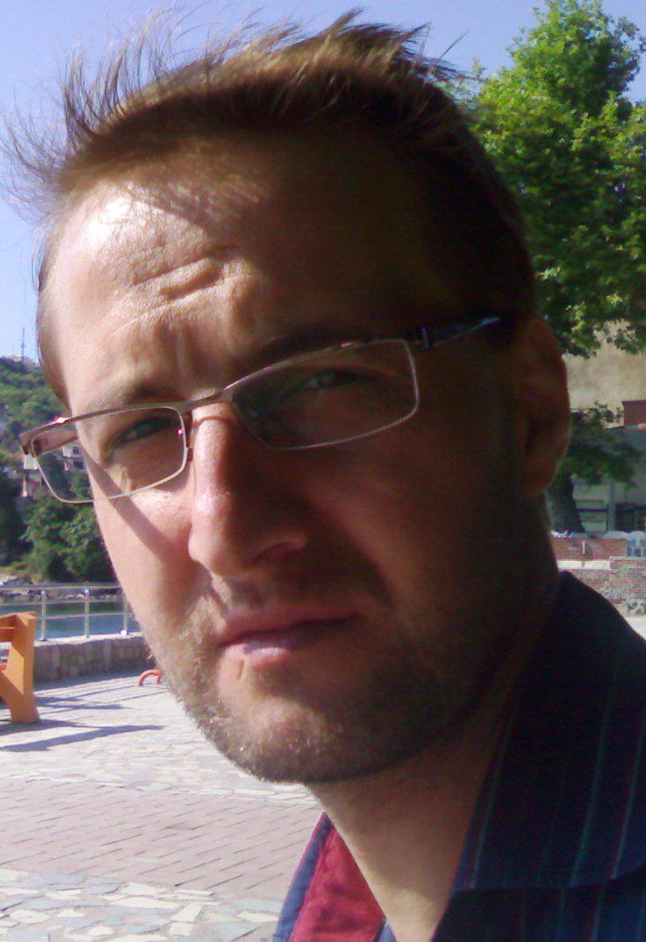 Ayhan Küflüoğlu