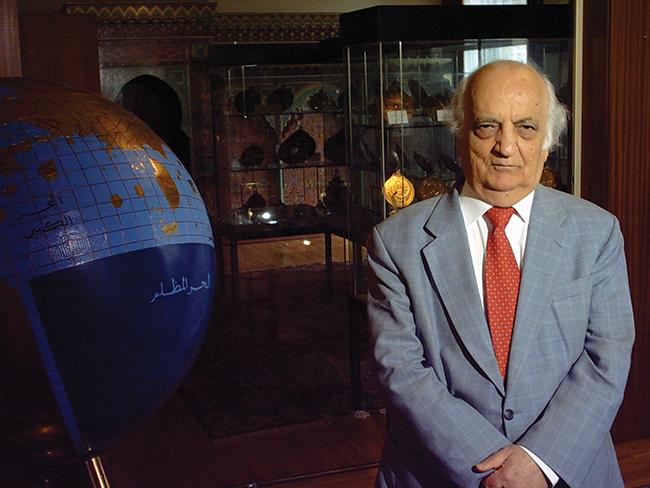 İslam Bilim Tarihinin Namusu: Prof. Dr. Fuat Sezgin
