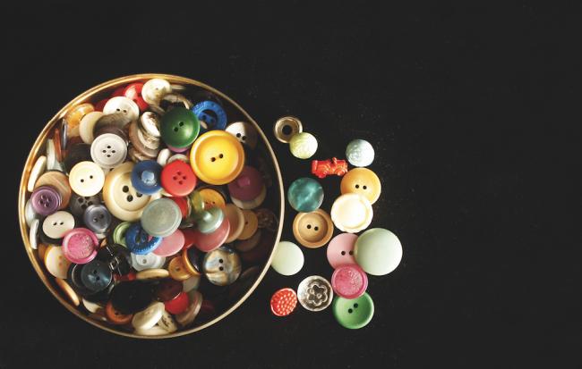 Düğmeler ve İlikler